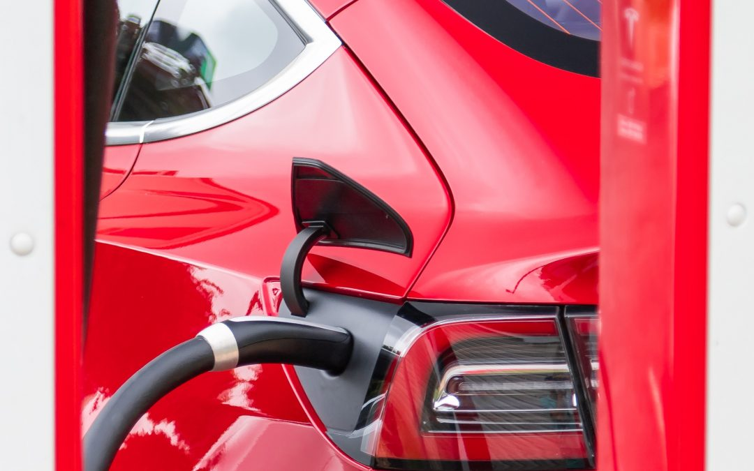Comparing fuel rewards programs – You can save up to R8 per litre!